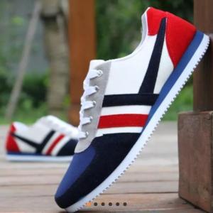 Casual men sport fashion shoe